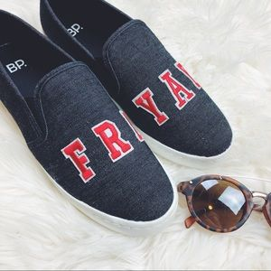 Friyay Slip-On Sneakers
